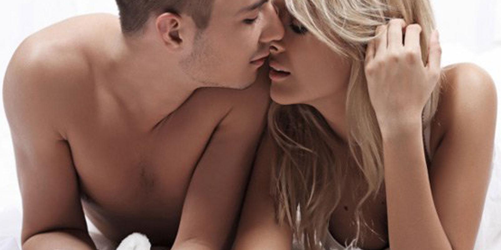 Blonde interracial gand video